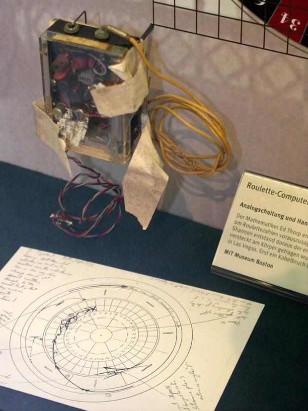 Edward Thorp roulette wheel predictor Bismart